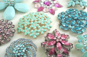 Pins & Brooches Photo Gallery